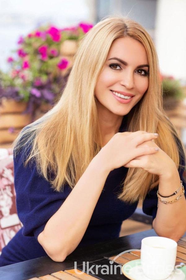 Profile photo for LADY_MARIA