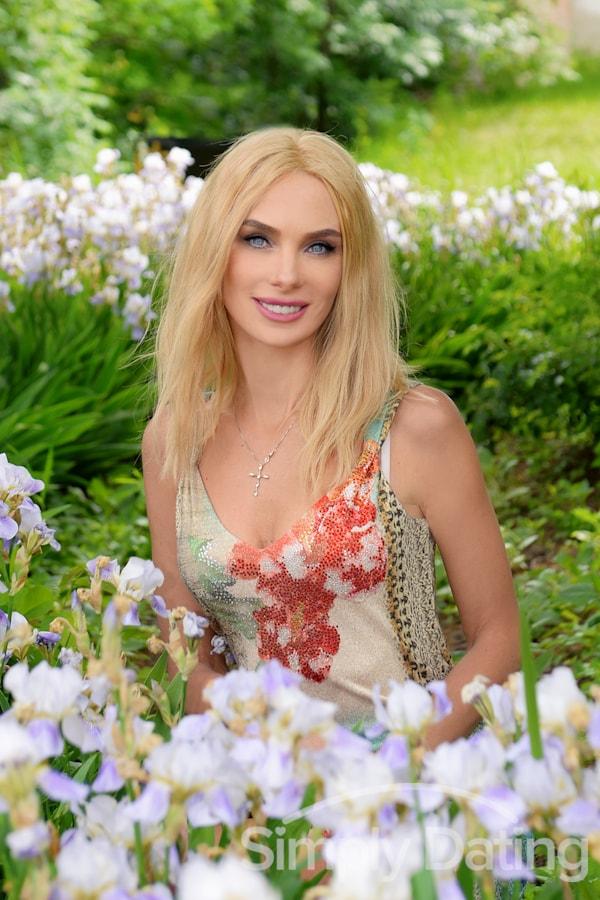 Profile photo for Beautiful_Elena
