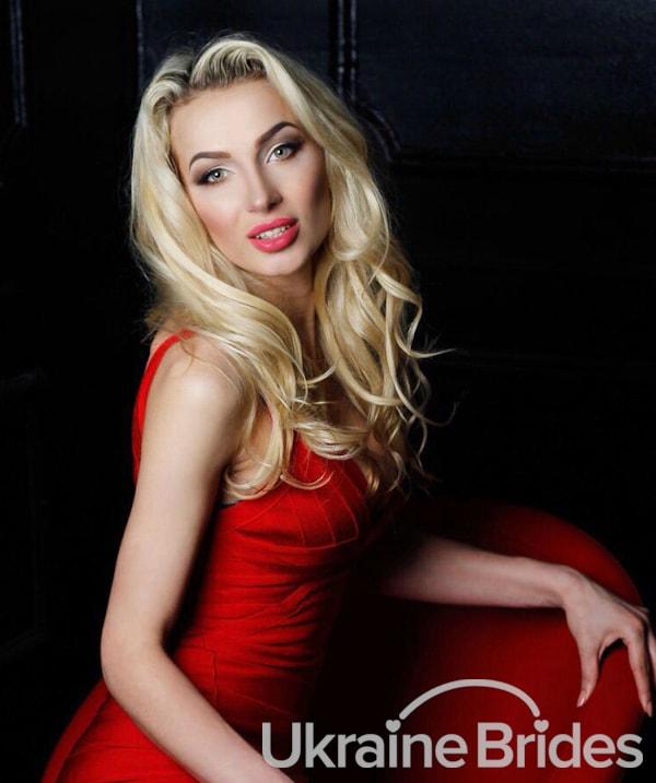 Profile photo for Romantic_Woman