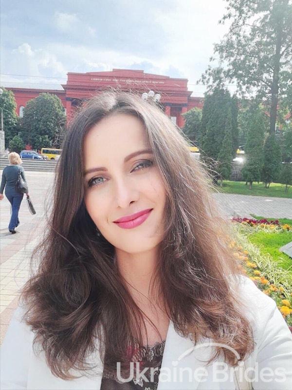Profile photo for Olga Pearl