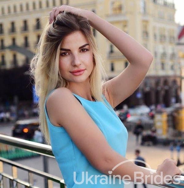 Profile photo for Shiny Lady